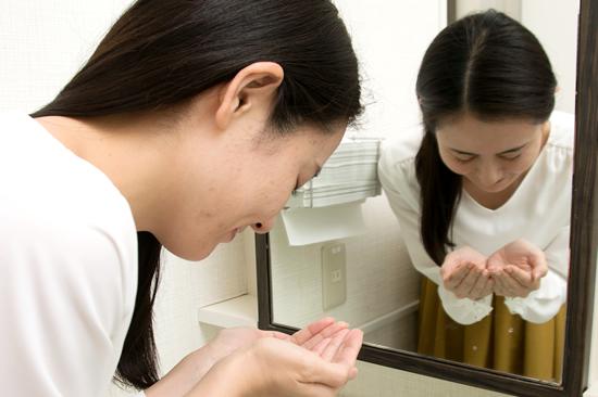 STEP.8 洗顔